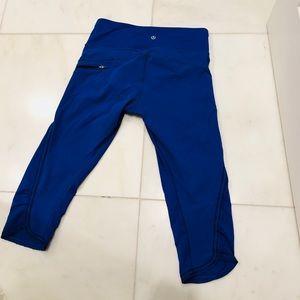 Lululemon cobolt blue crop leggings